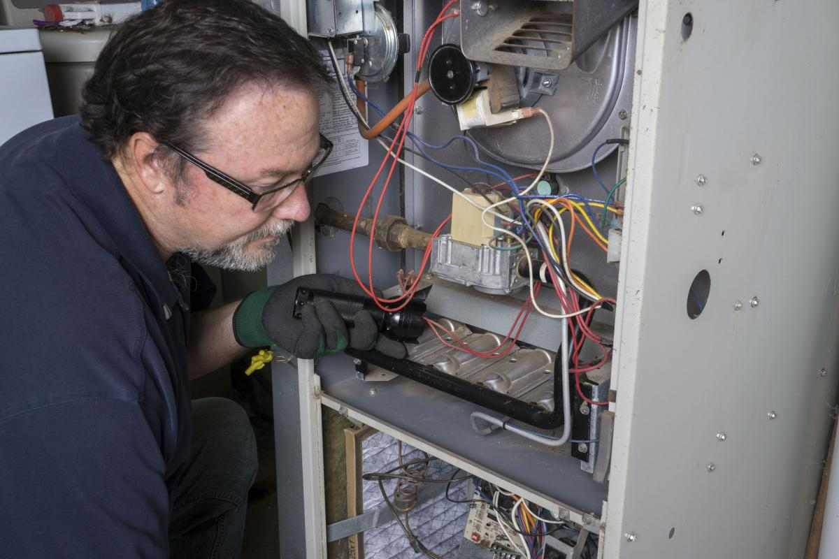 Watch for these signs to know when your furnace needs repairs